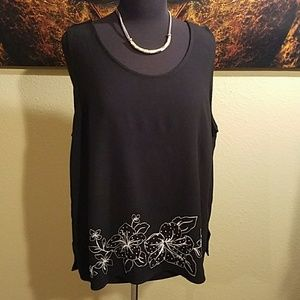 Josephine Chaus Embroidered Black Tank Top XL